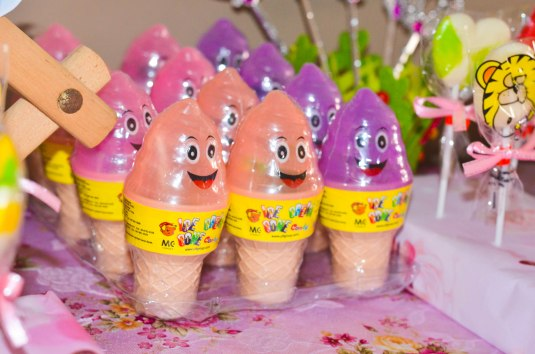 ice cream candies to be given away, too