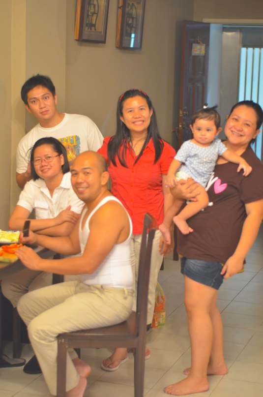 Thank you to all our kapitbahay and friends: L-R: Jhoram, mamah Sarah and Papa Ronnie, Ate Vivs , me and the celebrant (Parang magpapadebut lang ako ah!))